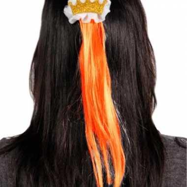 Haarclip met oranje haar